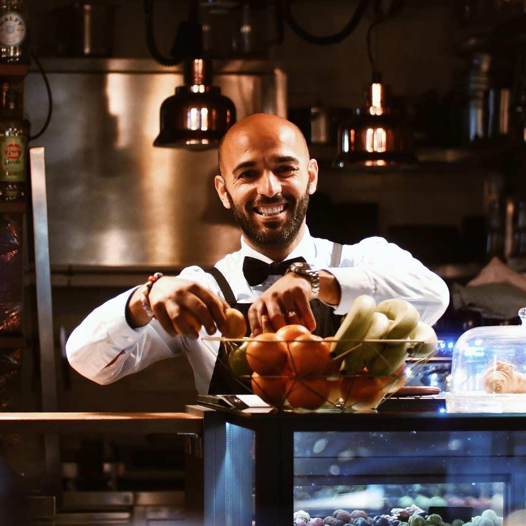 Engin Sali ... Selim Ugur von Sallis Kitchen ... Bistro Bar Pralinen München Viktualienmarkt